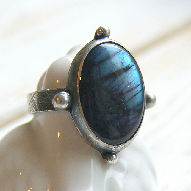 Labradorite Ring, Boho Jewellery, Hammered Rustic Ring