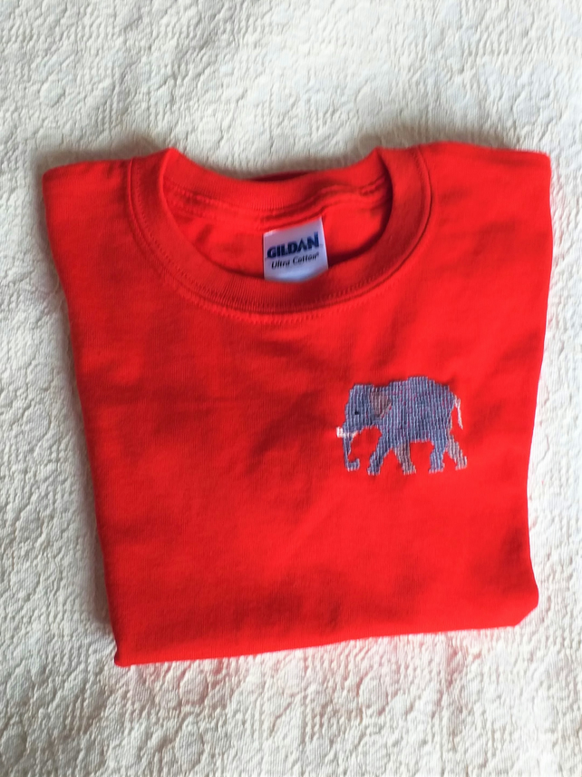 Elephant T-shirt Age 6 (XS youth)