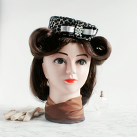 'Greta' 1940s style Black & White Percher Pillbox Hat