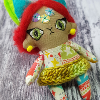 Miniature Space Cat Doll, Alula