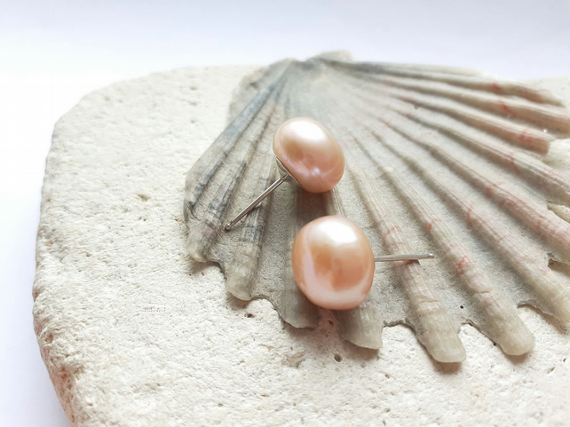 12mm Shell Pink Freshwater Pearl Studs