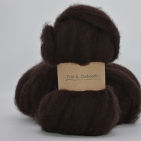 Rich Brown Carded Corriedale woll fibre