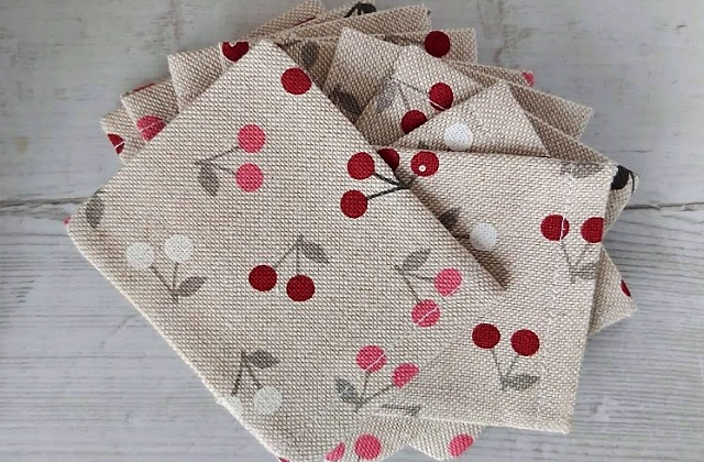 10 Handmade cotton canvas jewellery pouches.