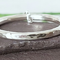 Sterling silver circle necklace.
