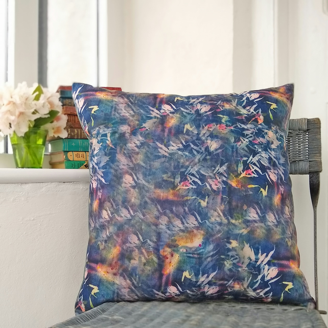 Nature design chenille and velvet cushion with cotton pad