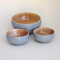 A set of lacquered bowls