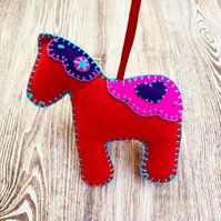 Felt Swedish Dala Horse - Swedish Inspired Christmas Decoration - Design 4