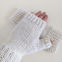 Fingerless Gloves Mitts - Wrist Warmers - with Broken Rib Cuff in Ivory