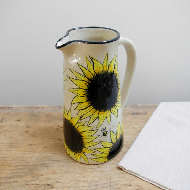 Large Jug - Sunflowers and Bees (Top Black)