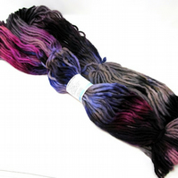 Hand Dyed Pencil Roving Cheviot Wool Giant Yarn Knitting 200g PR24