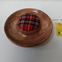 Horse Chestnut Wood Tartan Pin Cushion 1009