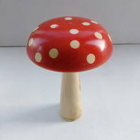 Sycamore Wood Flame Red Mushroom with Natural Sycamore Dots 1073