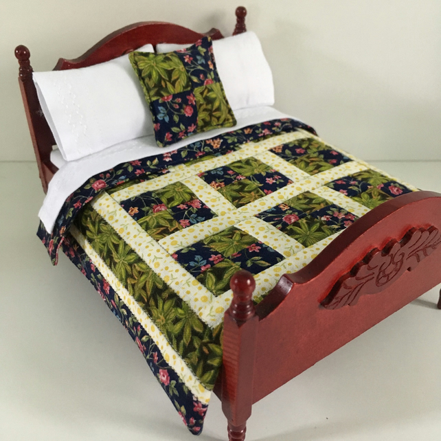 Miniature patchwork doll's house quilt set