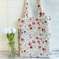 Floral tote bag with small magenta and pink roses