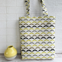 Geometric patterned tote bag in cream, mustard and grey