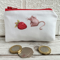 Small purse, coin purse with mouse and strawberry