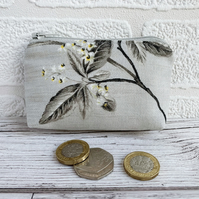 Small Purse, Coin Purse with Leaves and Tiny Flowers