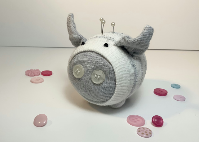 Perry Sock Pig Pin Cushion