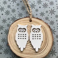 Two owls decoration