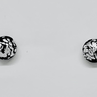 Small dome stud earrings