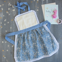 Kids Apron, Toddler Aprons, Floral Childrens Apron, Childs Apron - Tilda