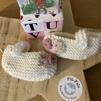 Hand Knitted Mary Jane Baby Booties 0-6 months