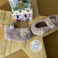 Hand Knitted Baby Mary Jane Booties 0-6 months