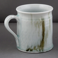 Pottery  mug 9793 porcelain h96 x 87mm 400g