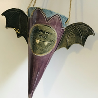 Hanging Bat plant pot