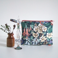 Vintage 1970's Liberty fabric purse, make up or cosmetics bag