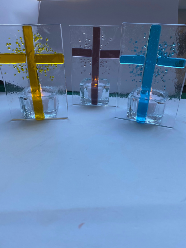 Fused glass Crucifix tea light