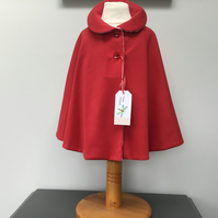 Girls red Cape, red riding hood cape,  Christmas party cover up, Photo Shoot