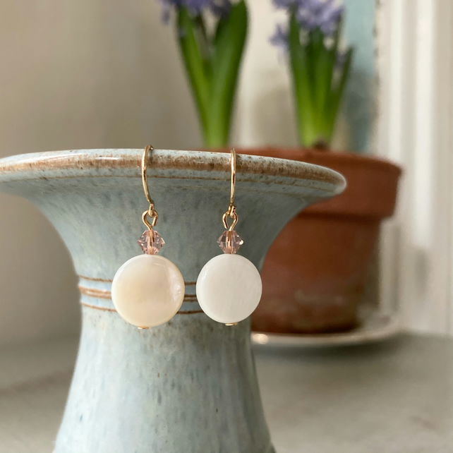 Shell Disc Earrings with Swarovski crystal