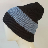 Black and blue reversible beanie