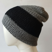 Black and grey reversible beanie