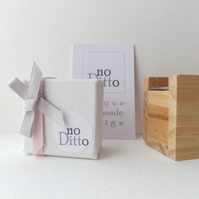 No Ditto Branded Luxury Gift Box with Grosgrain ribbon side, Only for no Ditto