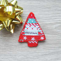 Red Christmas Brooch – Tree shaped