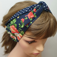 Navy floral women headband.