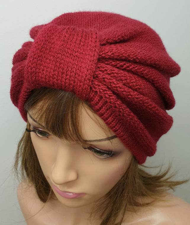 Claret red women turban hat.