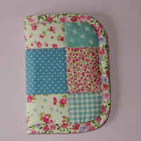 Needle case - Pretty patchwork