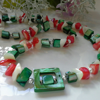 Mother of Pearl Silver Plated Necklace