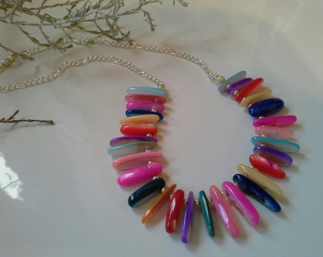 Striking Multicoloured Mother of Pearl Collar Necklace Silver Plated