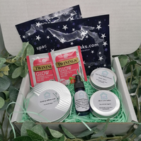 Pamper night in for two. Skincare Gift set