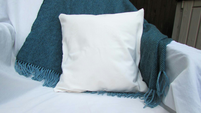 Cream textured cushion cover - 16 inch square