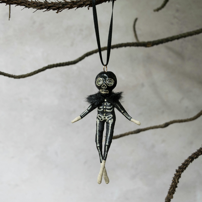 Billy the skeleton mini Halloween hanging decoration