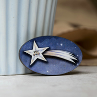 David the shooting starman wooden brooch badge