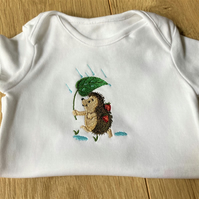 6 - 9 months Baby Body suit with machine embroidery hedgehog motif
