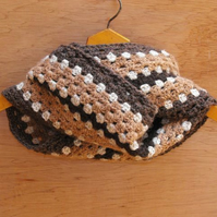 SUMMER SALE: Crochet cowl - chocolate and caramel