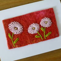 Pale pink daisy card