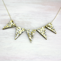 Acrylic gold glitter 'Oro' necklace